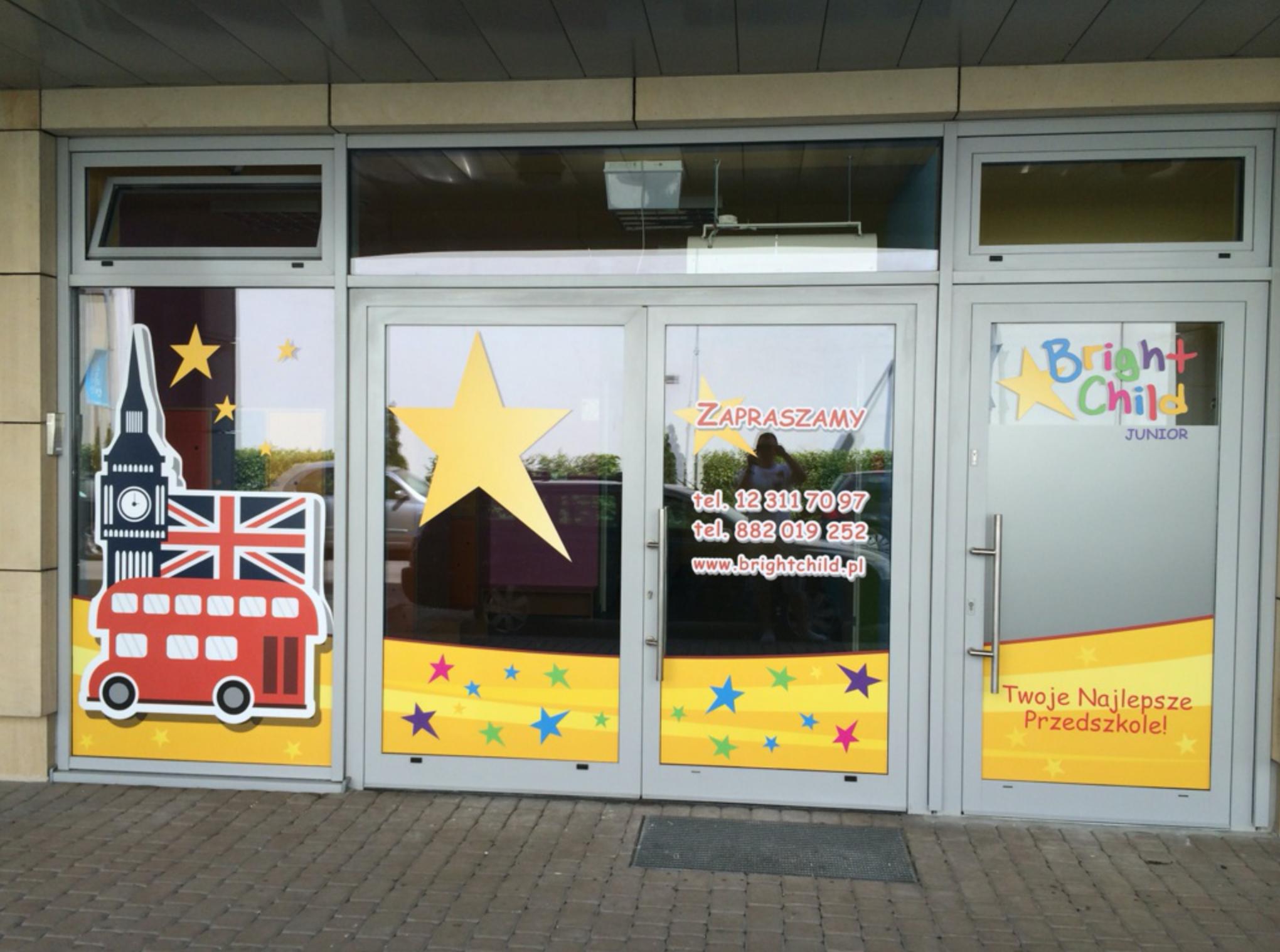 dekoracje na okna do przedszkola